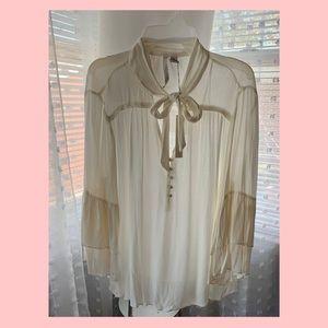 Lauren Conrad long sleeve blouse